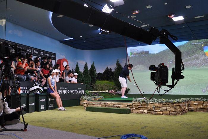 シミュレーションゴルフのプロツアー「GTOUR」